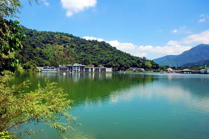 埔里鯉魚潭風景區
